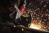 Industriële werknemer in de fabriek — Foto Stock
