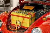 Modified car with large battery — Stock Photo