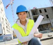 Woman engineer working on building site — Stock Photo