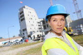 Woman engineer working on building site — Zdjęcie stockowe