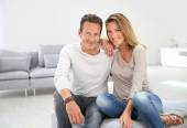 40-year-old couple at home — Stock Photo