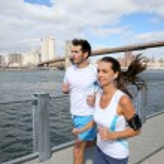 Joggers running on Brooklyn Heights Promenade — Stock Photo #58090283
