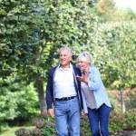 Senior couple walking — Stock Photo #58901095
