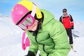 Sciare con la famiglia del ragazzo — Foto Stock