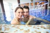 Couple enjoying thalassotherapy treatment — Stock Photo