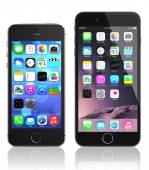 Apple Space Gray iPhone 6 and iPhone 5s — Stock Photo