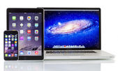 Apple  Macbook Pro, iPad Air 2 and iPhone 6 — Stock Photo