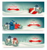 Three Christmas banners with presents. Vector.  — Stock Vector