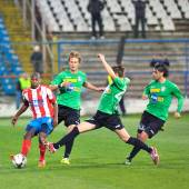 Unknown football players performs — Stock Photo