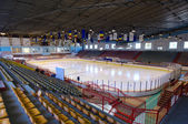 Empty ice stadium — Stockfoto