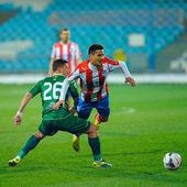 GALATI, ROMANIA - April 13: Unknown football players performs du — Stock Photo