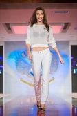 Fashion model on catwalk — Stock Photo