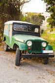 Zelený terénní vozidlo — Stock fotografie