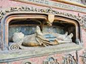 Bishop's tomb in Amiens Cathedral, France — Stock Photo
