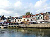 View of Quai Belu on Somme river in Amiens — Stock Photo