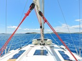 Voyage on yacht in blue Adriatic sea — Stock Photo