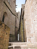 Courtyard of abbey mont saint-michel in Normandy — Stock Photo