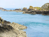 Stone coastline of English Channel, Brittany — Stock Photo
