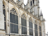 Side wall of medieval Amiens Cathedral — Stock Photo