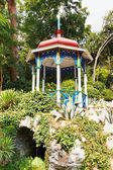 Pavilion on stones in Nikitsky Botanical Garden — Stock Photo
