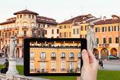 Photo of piazza Prato della Valle in Padua, Italy — Stock Photo