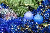 Blue violet Christmas baubles, tinsel, Xmas tree 8 — Stock Photo