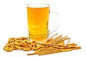 Tasty pretzels, breadsticks and light beer — Foto Stock
