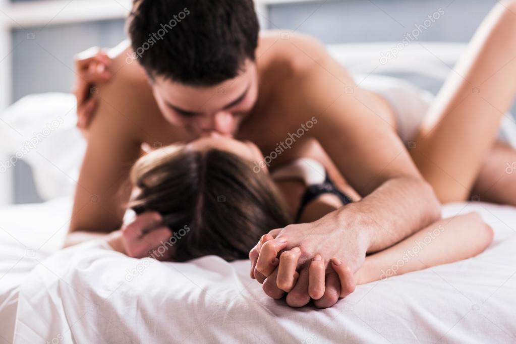 Seksiä fi rakastelua homo kuvina
