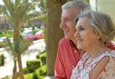 Senior couple at resort — Stock Photo