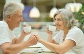 Elderly couple on date — Стоковое фото