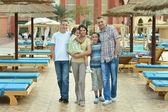 Familie erholsame Ferien Resort — Stockfoto