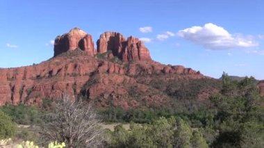 Cathedral Rock Sedona Arizona Landscape — Stock Video