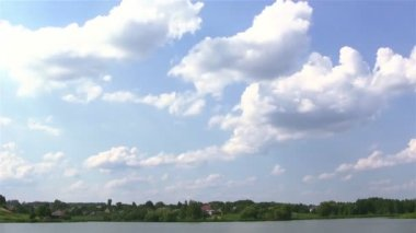 Sky and the wood with a pond.PAL Time lapse — Vídeo de Stock
