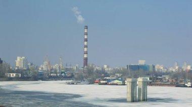 City industrial landscape in the winter — Стоковое видео