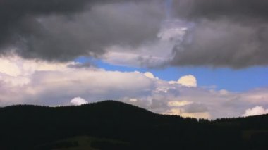 Thunderclouds over mountains. landscape without birds. Time lapse — Stock Video