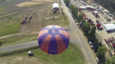 Fly over Balloon in air with  camera inclination. Aerial — Stock Video