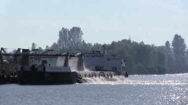 Industrial ship on  river extracts sand. PAL clip — Stock Video