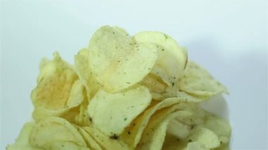 Crackle potato  chips rotate on  white background. — Stock Video