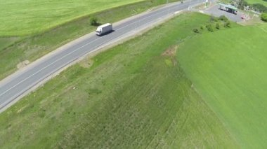 White  lorry  on   highway. Aerial — Stock Video