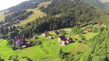 Village at  Ukrainian Carpathians mountains and nature. Aerial — Stock Video