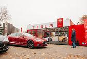 Tesla Model S electric car zero emissions — Stock Photo
