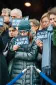 Strasbourg holds silent vigil for those killed in Paris attack — Stock Photo