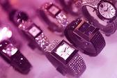 Orologi d'argento e d'oro — Foto Stock