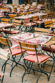 Cafe tables in French city of Lyon, France — Stockfoto