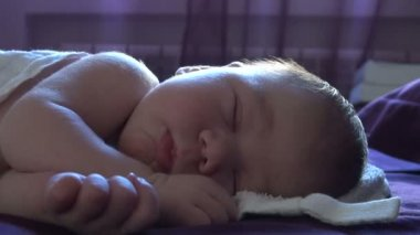 Face of newborn sleeping — Stock Video