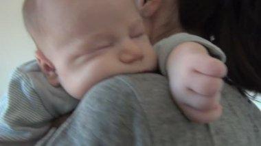 Mother cradling baby — Stock Video