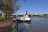 Portland waterfront steamboat and city view. — Stock Photo