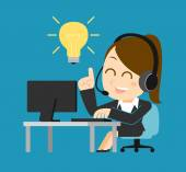 Businesswoman at computer illustration — Stock Vector