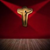 Wooden Crucifix in Red Room - Religious Background — Stock Photo