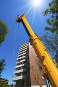Heavy Hydraulic Crane on Blue Sky — Stock Photo